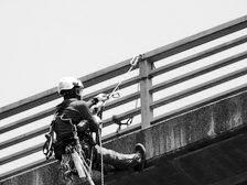 ロープアクセス調査専門企業、日本空糸株式会社、事業内容